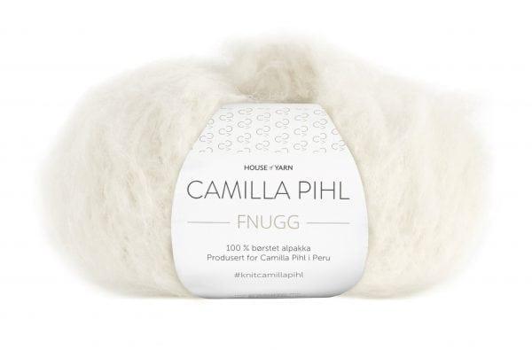 240-902_DG_Camilla_Pihl_Fnugg_902_Hvit_Banderole